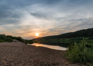 Закат на реке Ока.